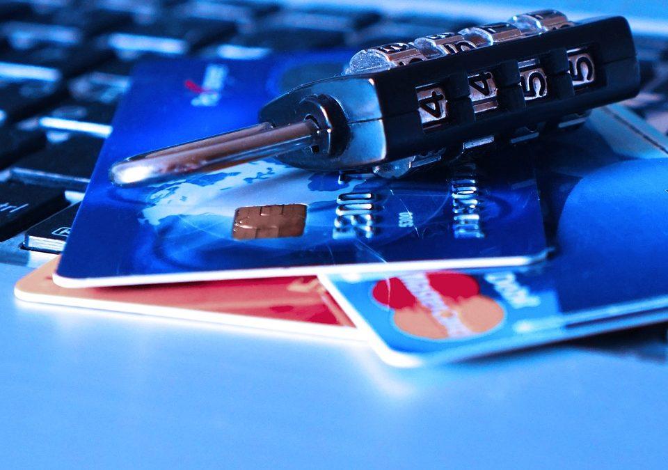 """TARJETAS REVOLVING: los bancos se apresuran a presentar a los clientes acuerdos """"trampa""""."""
